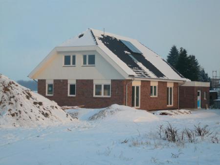 08.01.: Außenansicht im Winter