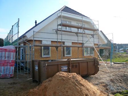 13.11.: Dach von der anderen Hausseite;