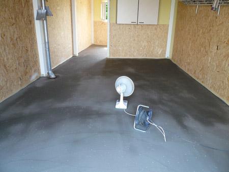 Der gespachtelte Boden 24 Std. nach dem Auftragen