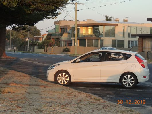 Car Hyundai Accent