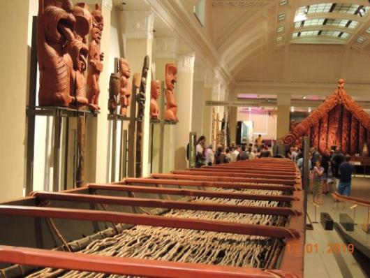 Warmuseum Maori Boat