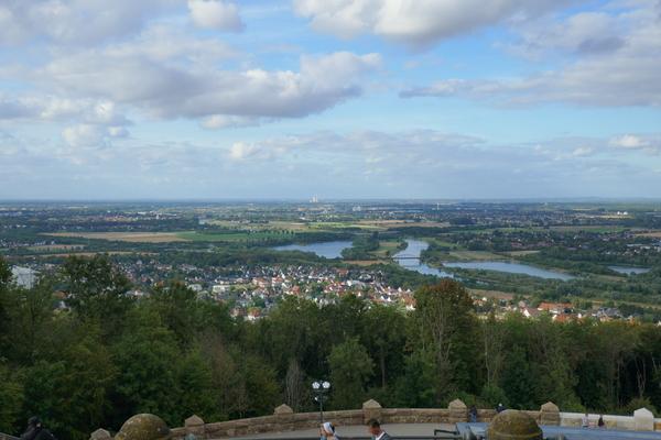 Ausblick vom Kaiser-Denkmal nach Norden