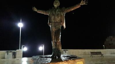 polignano skulptur von hermann maier