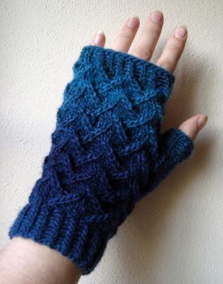 VERSTRICKT: Handschuhe & Co.