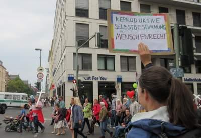 """""""Reproduktive Selbstbestimmung ist Menschenrecht"""" gegen die Fundis"""