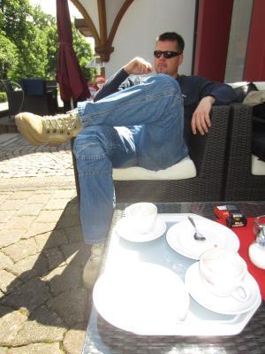 Kaffeepause in Kehlberg. Kuchen bereits erfolgreich verputzt!