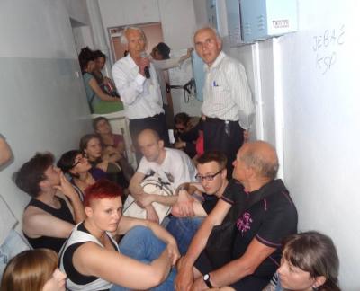 erfolgreiche blockade von nachbar_innnen warschau 20140522