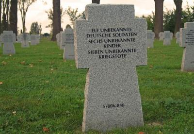 Kriegsgräberstätte in Eger, Tschechien.
