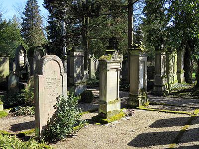 Alter Friedhof - Offenburg - 29 March 2016 - 11:26