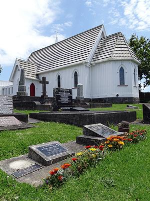 St Matthias Anglican Cemetery - Panmure - Auckland - New Zealand - 13 December 2015 - 17:39
