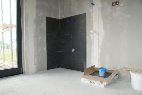 unser traum baublog naturhausbau 2000 das erdgeschoss ist fertig gefliest. Black Bedroom Furniture Sets. Home Design Ideas