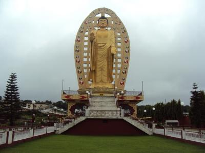 Statue over Budhism temple in clementown