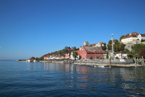 Seeblick auf Meersburg