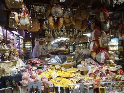 bologna, via pescherie vecchie