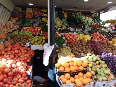 """Gemüsestand im """"Mercado de Nuestra Señora de África"""""""