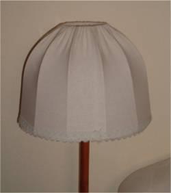 altmodische Stehlampe