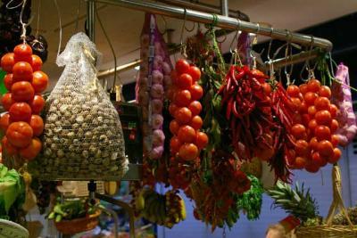 frisches gemuese tomaten knoblauch paprika