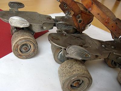 o o keep on rollin 39 rollschuhe roller skates quad skates etc history. Black Bedroom Furniture Sets. Home Design Ideas