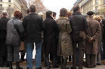 Tourists. (novala)