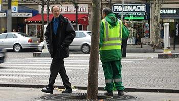 Men at work. (novala)