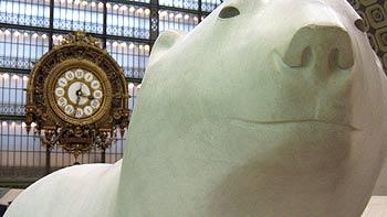 Ice bear sculpture, Musée d'Orsay. (novala)