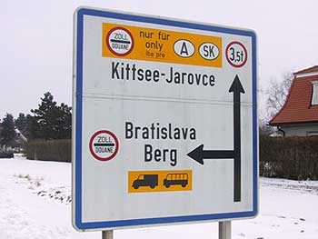 Sign in Kittsee. (novala)