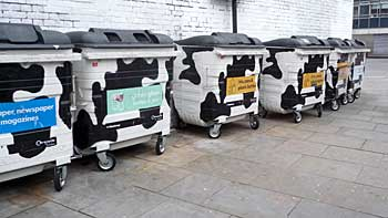 Garbage cans in cow design. (novala)