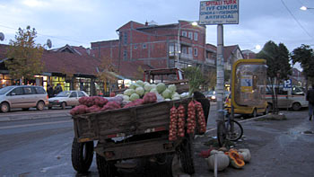 Tractor with vegetables. (novala)