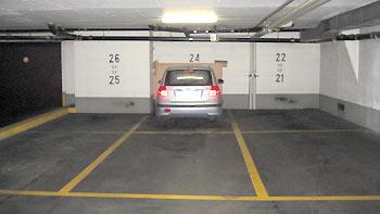 Parking lot. (novala)