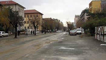Pedestrian zone Prishtina. (novala)