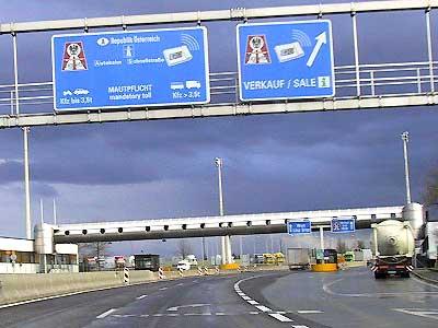 Border-crossing Suben D-A