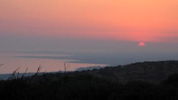Sunset. (novala)