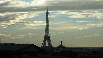 Eiffel Tower. (novala)