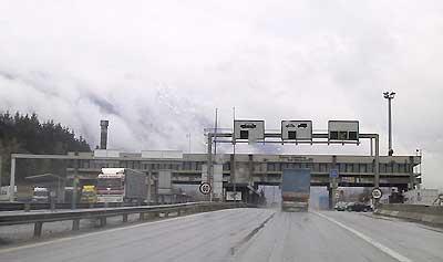Border-crossing Walserberg A-D