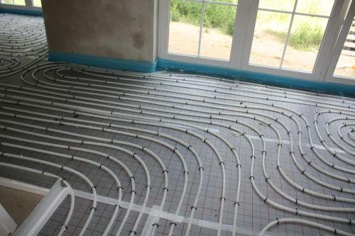 hausbau in wandlitz anlieferung der garage heizung sanit r. Black Bedroom Furniture Sets. Home Design Ideas
